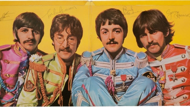 Fully Signed Copy of Sgt. Pepper's Lonely Hearts Club Band
