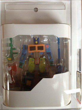 Lucky Draw Crayola Convoy Robot Masters G1