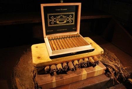 Double Corona Regius Cigar