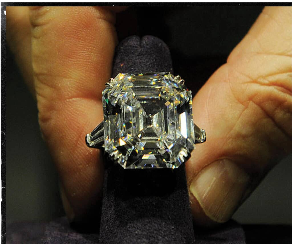 The Elizabeth Taylor Diamond Ring